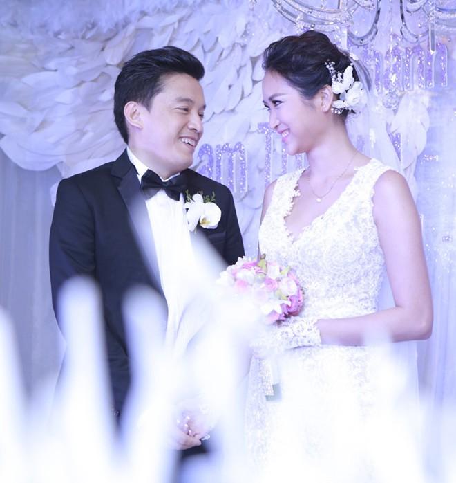 Những hình ảnh đẹp trong đám cưới cuối năm của showbiz Việt - Ảnh 3