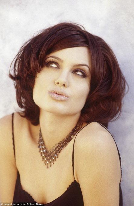 Loạt hình táo bạo chưa từng công bố của Angelina Jolie - Ảnh 1