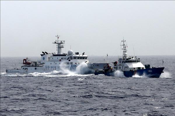 Tình hình Biển Đông: TQ duy trì 120 tàu quanh khu vực giàn khoan - Ảnh 1