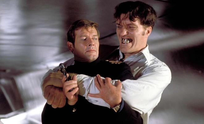 """Người thủ vai phản diện huyền thoại của phim """"007"""" qua đời - Ảnh 1"""