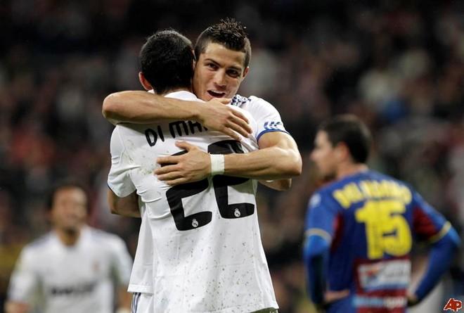 Chán ở Real, Ronaldo tính trở lại M.U - Ảnh 1