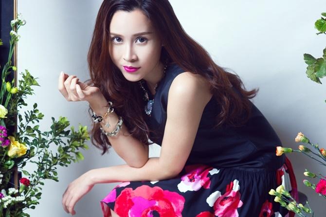 Lưu Hương Giang đẹp cuốn hút tung sản phẩm tình yêu dịp Valentine - Ảnh 7