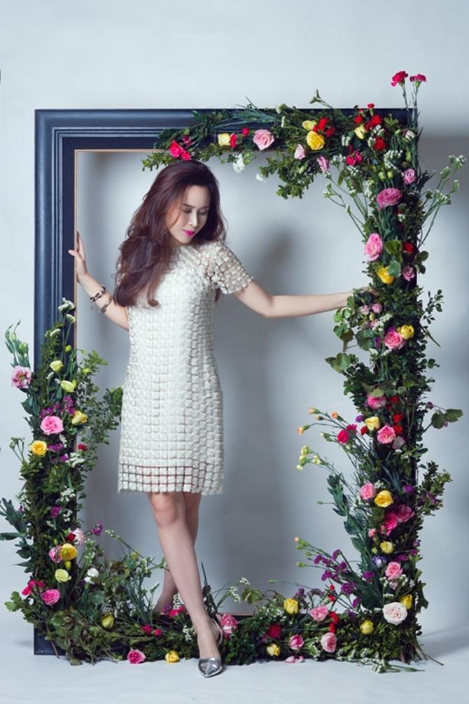 Lưu Hương Giang đẹp cuốn hút tung sản phẩm tình yêu dịp Valentine - Ảnh 9