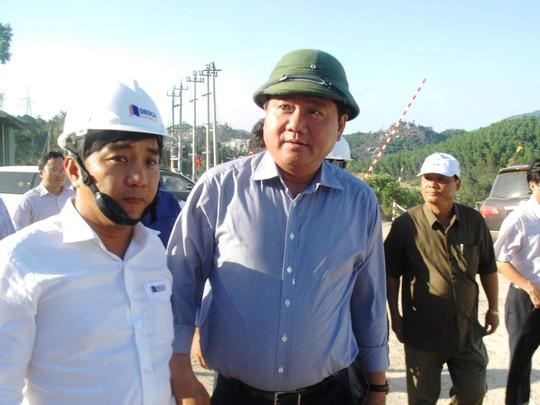 Bộ trưởng Thăng đề nghị thay nhà thầu ngay trong Tết - Ảnh 1