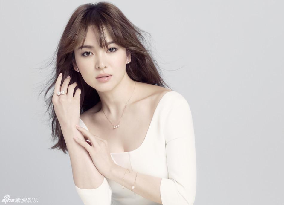 Vẻ đẹp lung linh thanh khiết của Song Hye Kyo - Ảnh 2