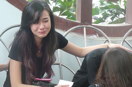Chùm ảnh: Giới Vlog nhòa lệ vào viếng đám tang Toàn Shinoda - Ảnh 14