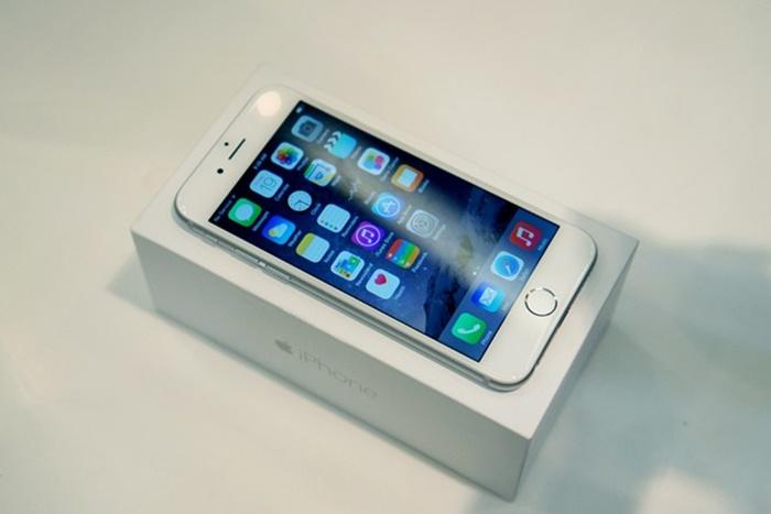 Những smartphone giảm giá mạnh trong tháng 9 - Ảnh 4