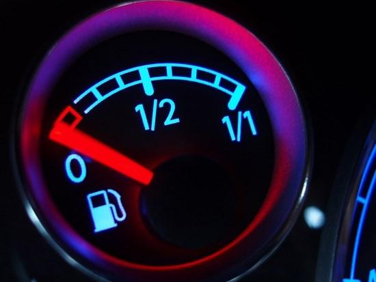 Mẹo nhỏ giúp tiết kiệm đáng kể nhiên liệu cho xe ô tô - Ảnh 5