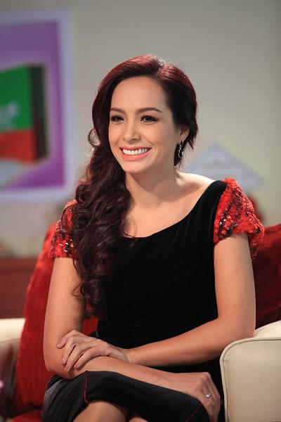 Đường vào nghiệp kinh doanh của 5 người đẹp Việt - Ảnh 3