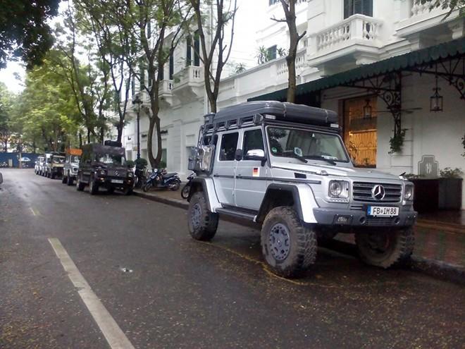 10 chiếc Mercedes G-Class xuyên thế giới đến Hà Nội - Ảnh 2