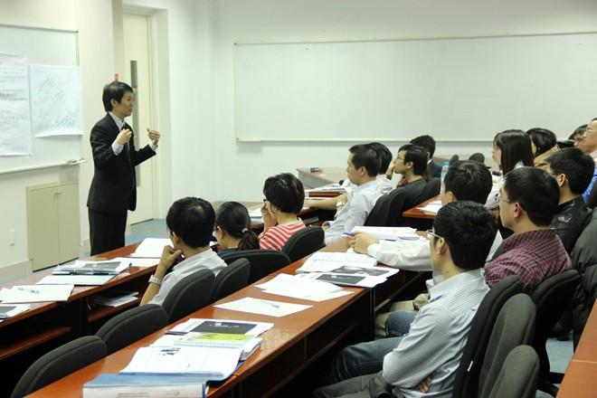 Hậu trường nghề làm sếp nhận lương 8 con số ở Việt Nam - Ảnh 1