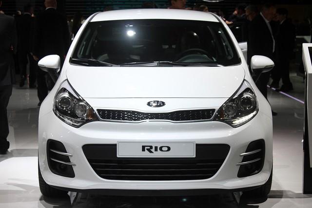 Chi tiết xe ôtô giá rẻ Kia Rio 2015 - Ảnh 2