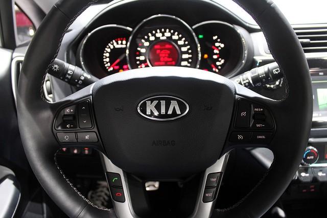 Chi tiết xe ôtô giá rẻ Kia Rio 2015 - Ảnh 15