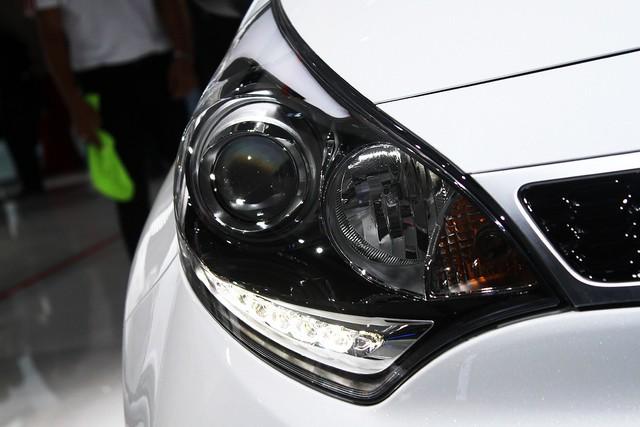 Chi tiết xe ôtô giá rẻ Kia Rio 2015 - Ảnh 9