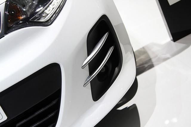 Chi tiết xe ôtô giá rẻ Kia Rio 2015 - Ảnh 10