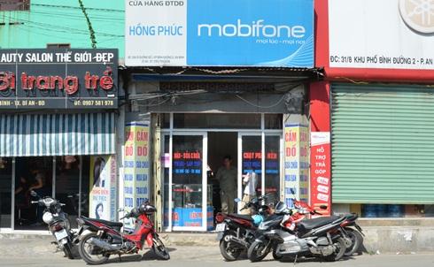 Cửa hàng mất trộm 50 điện thoại trong 2 tháng - Ảnh 1