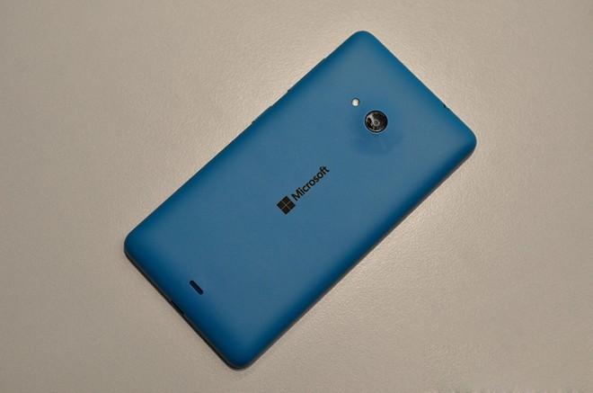 Ảnh thực tế Lumia 535 giá 2,7 triệu đồng - Ảnh 2