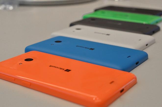 Ảnh thực tế Lumia 535 giá 2,7 triệu đồng - Ảnh 4