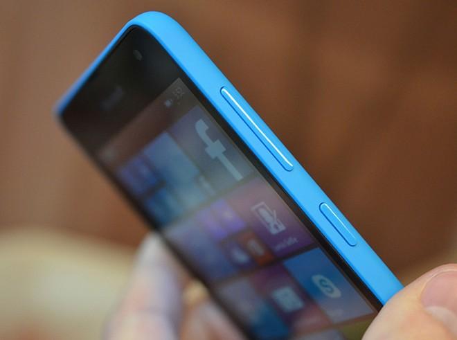 Ảnh thực tế Lumia 535 giá 2,7 triệu đồng - Ảnh 5