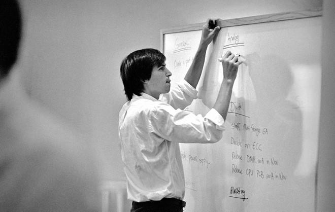 Những bức ảnh quý về Steve Jobs chưa từng được công bố - Ảnh 4