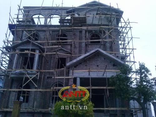 Hà Nội: Lâu đài xa hoa trong khu đô thị bình dân - Ảnh 4