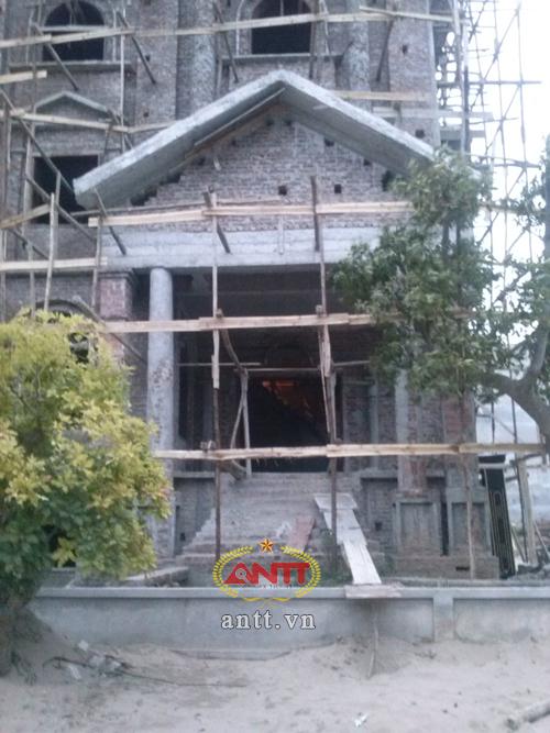 Hà Nội: Lâu đài xa hoa trong khu đô thị bình dân - Ảnh 7
