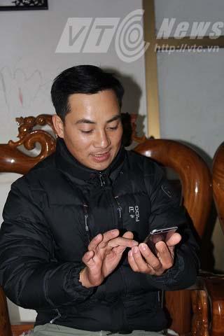 """Đại gia """"chân đất"""" mua Camry, iPhone 6: Chỉ nói đến tiền tỷ - Ảnh 1"""