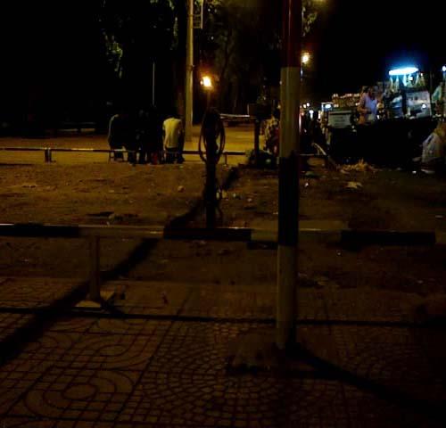 Tệ nạn mại dâm nam ở TP.HCM: Những góc khuất nhức nhối - Ảnh 1