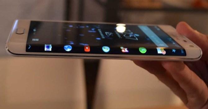"""Samsung sẽ trang bị """"màn hình cong"""" lên Galaxy S6 - Ảnh 1"""