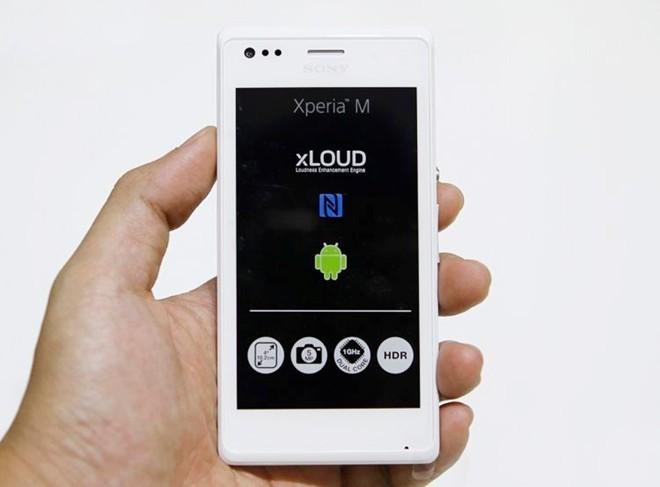 5 smartphone giá rẻ đối thủ của Lumia 535 - Ảnh 1