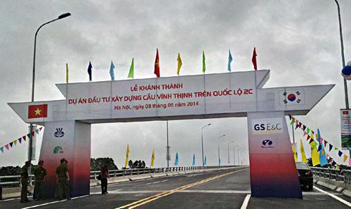 Thông xe cầu vượt sông dài nhất Việt Nam - Ảnh 1