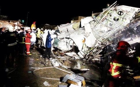 Chỗ ngồi an toàn và cách để sống sót trong thảm họa máy bay rơi - Ảnh 3