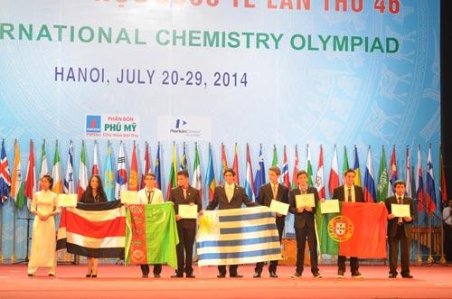 Việt Nam giành 2 huy chương Vàng Hoá học quốc tế - Ảnh 2