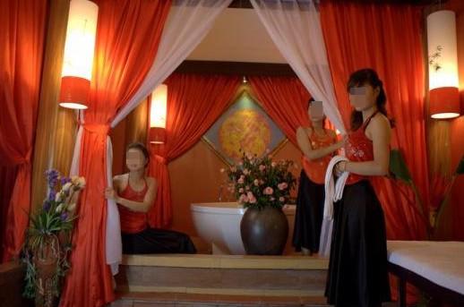 Massage 5M VIP: Ổ kích dục trá hình giữa Hà Thành - Ảnh 2