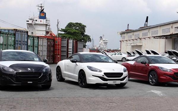 Peugeot 3008 và RCZ cập cảng Sài Gòn - Ảnh 1