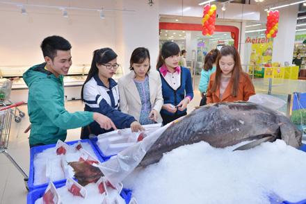 VinMart khai trương thêm 2 siêu thị và 10 cửa hàng tiện ích tại Hà Nội - Ảnh 2