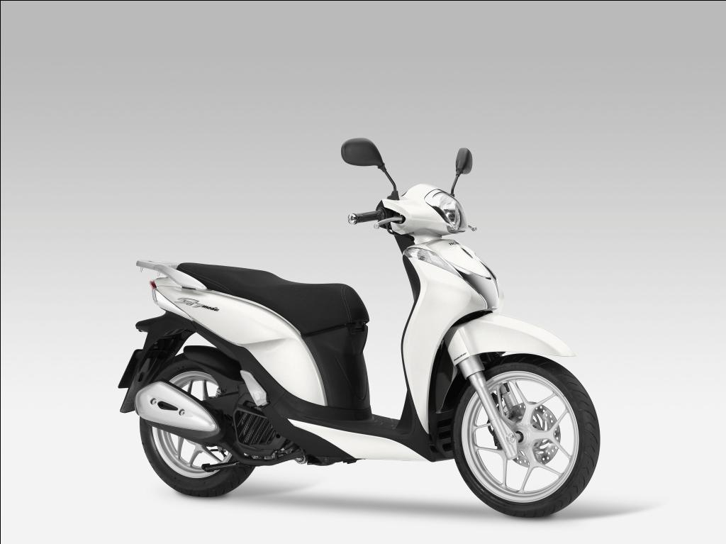 Những mẫu xe máy vừa mở bán ở Việt Nam - Ảnh 2
