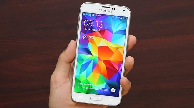 Những smartphone có giá tốt nên mua để đón Tết - Ảnh 3