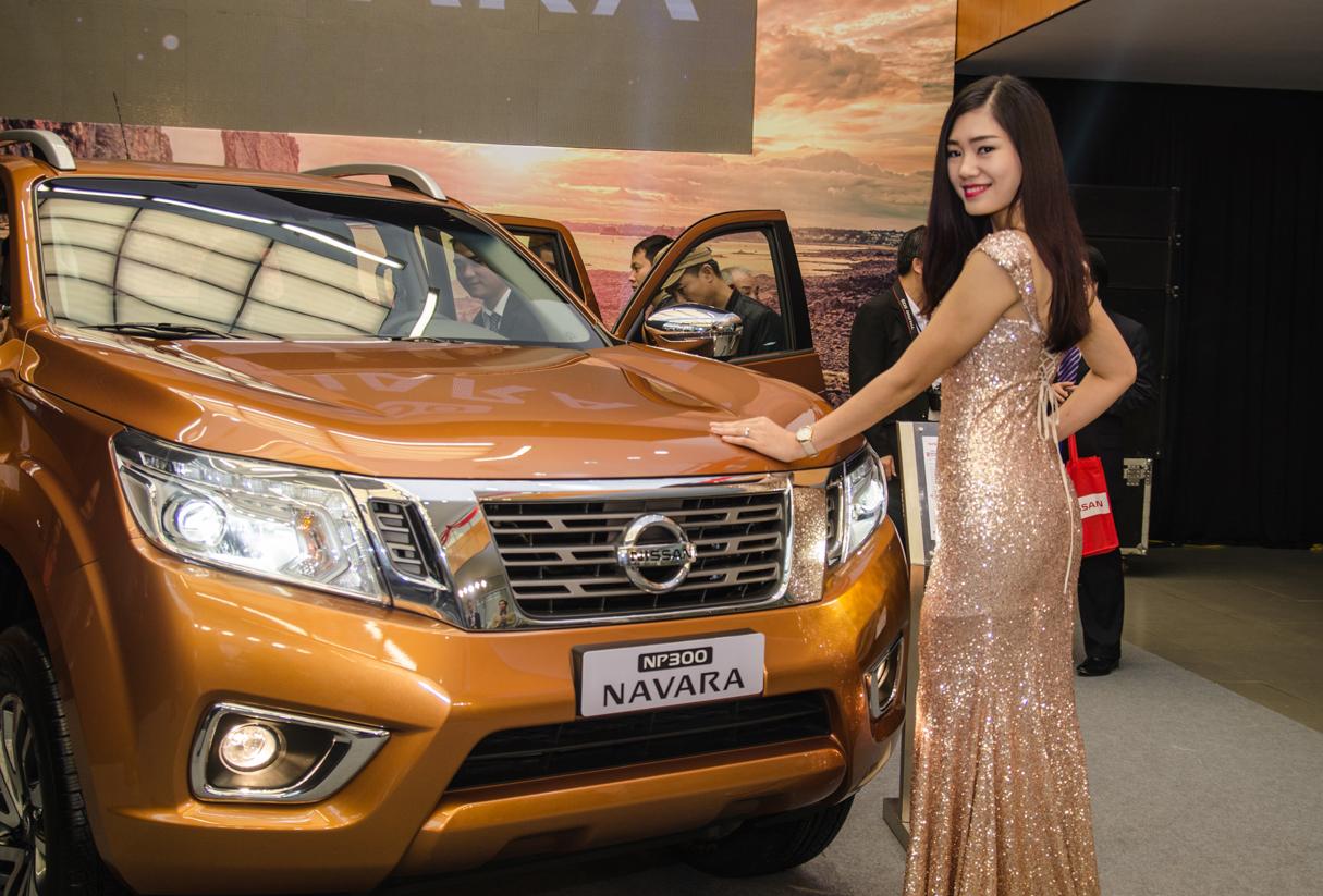 Cảm nhận ban đầu Nissan Navara NP300 2015 - Ảnh 8