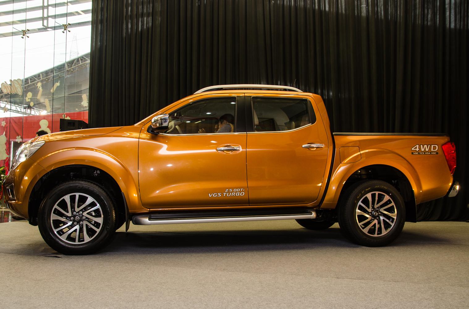 Cảm nhận ban đầu Nissan Navara NP300 2015 - Ảnh 9