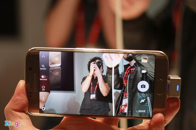 Cận cảnh Samsung Galaxy S6 Edge - Ảnh 3