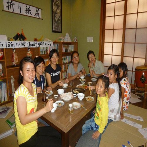 Câu chuyện cảm động về tình yêu vô bờ của người mẹ Nhật - Ảnh 1