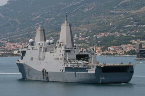 Mỹ đưa tàu chiến, lính thủy đánh bộ, máy bay đến Vịnh Ba Tư - Ảnh 1