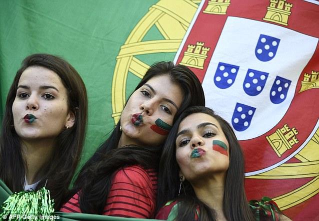 Cổ động viên nữ đội tuyển Brazil lên ngôi nữ hoàng World Cup 2014 - Ảnh 9