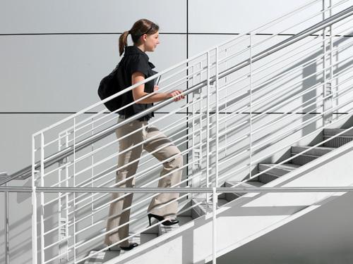 Bí quyết giảm bụng mỡ dễ dàng cho dân công sở - Ảnh 3