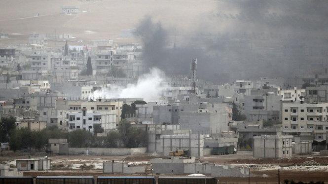 Phiến quân Hồi giáo IS tiến sát Baghdad, Iraq cầu viện Mỹ - Ảnh 1