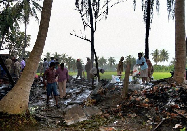 Nổ nhà máy pháo hoa tại Ấn Độ, ít nhất 17 người chết thảm   - Ảnh 1
