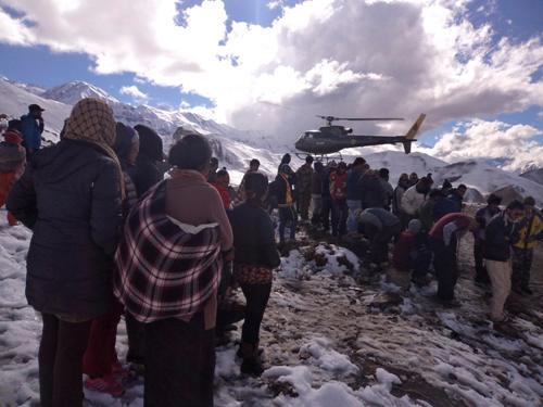 Còn 3 người Việt kẹt trong bão tuyết ở Nepal - Ảnh 1