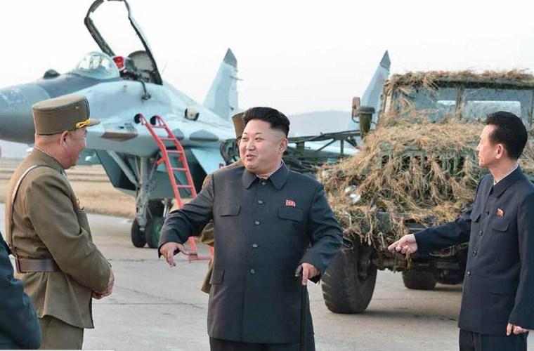Nhà lãnh đạo Kim Jong-un trực tiếp vào buồng lái máy bay MiG-29   - Ảnh 8