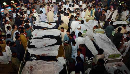Đánh bom tự sát đẫm máu ở Pakistan, hơn 175 người thương vong   - Ảnh 1